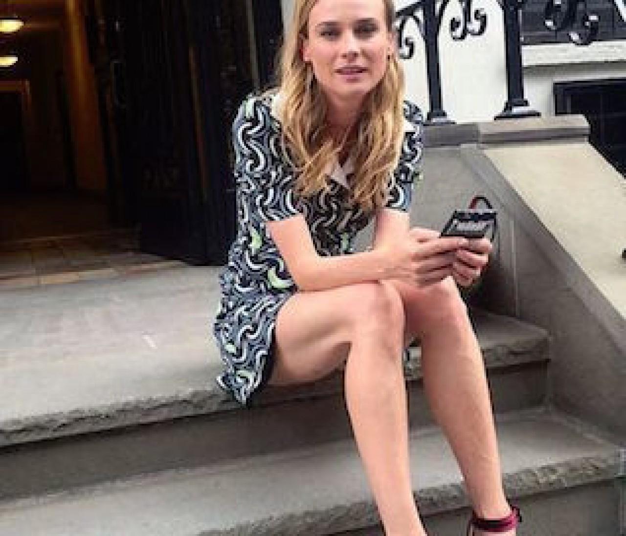 【今買って秋まで着られる!】セレブは「深色ベルベット靴」で足下から女っぽい♡