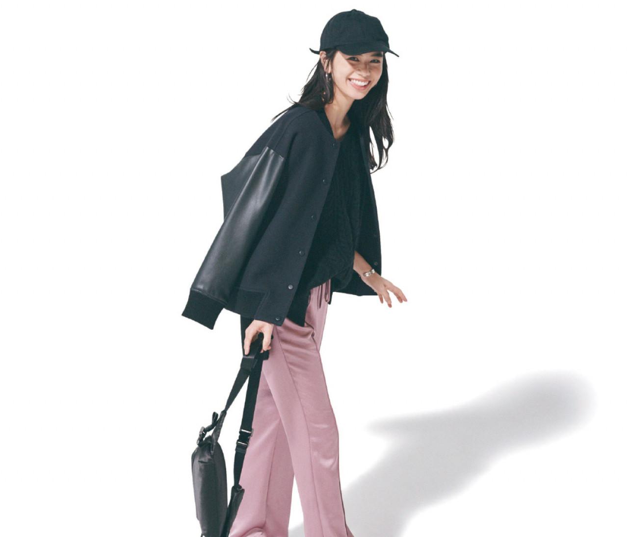 水曜日は、ピンクのサテンパンツで作るクールスタイル【30代今日のコーデ】