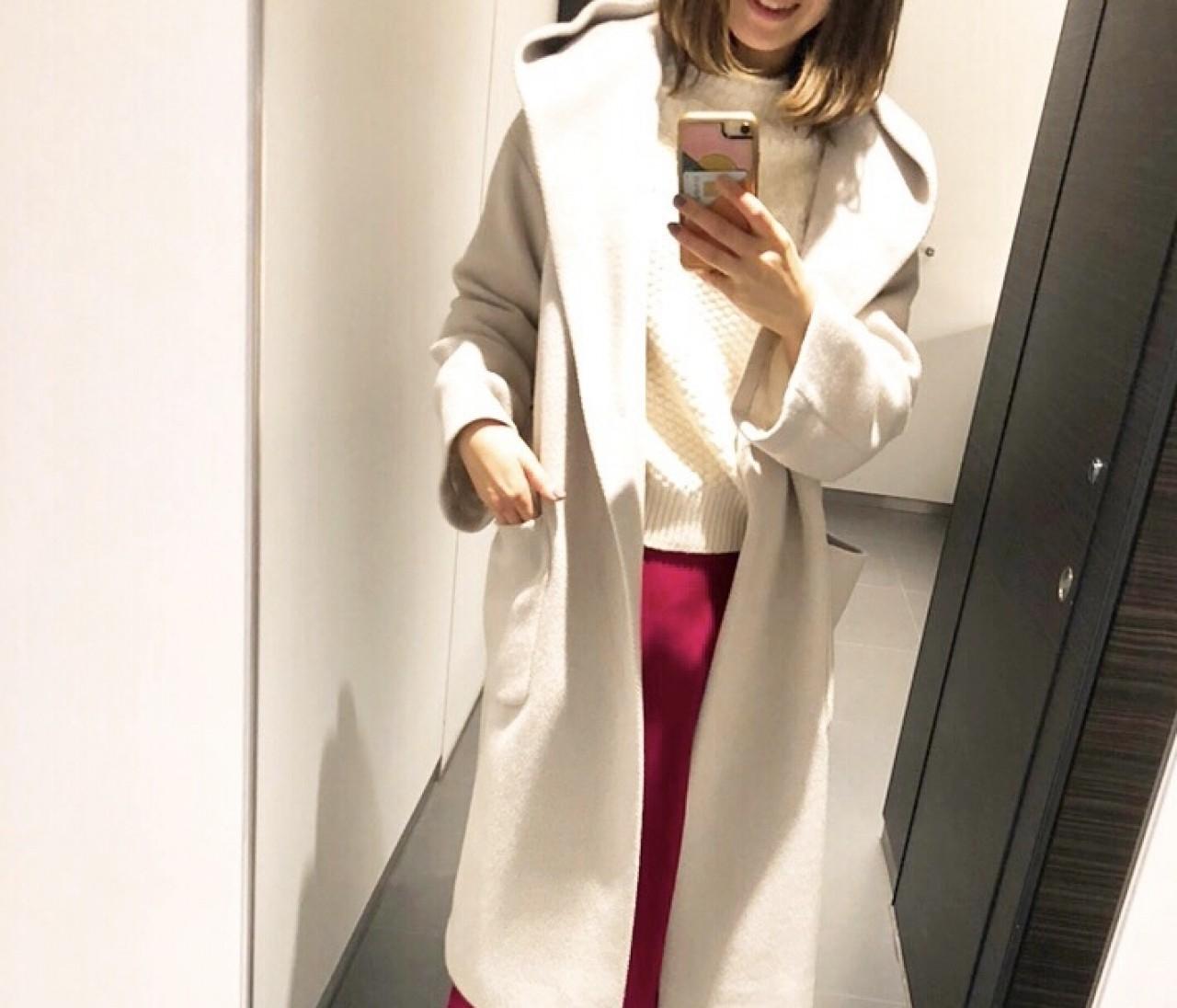ホワイト×ピンクの甘すぎないデート服❤️