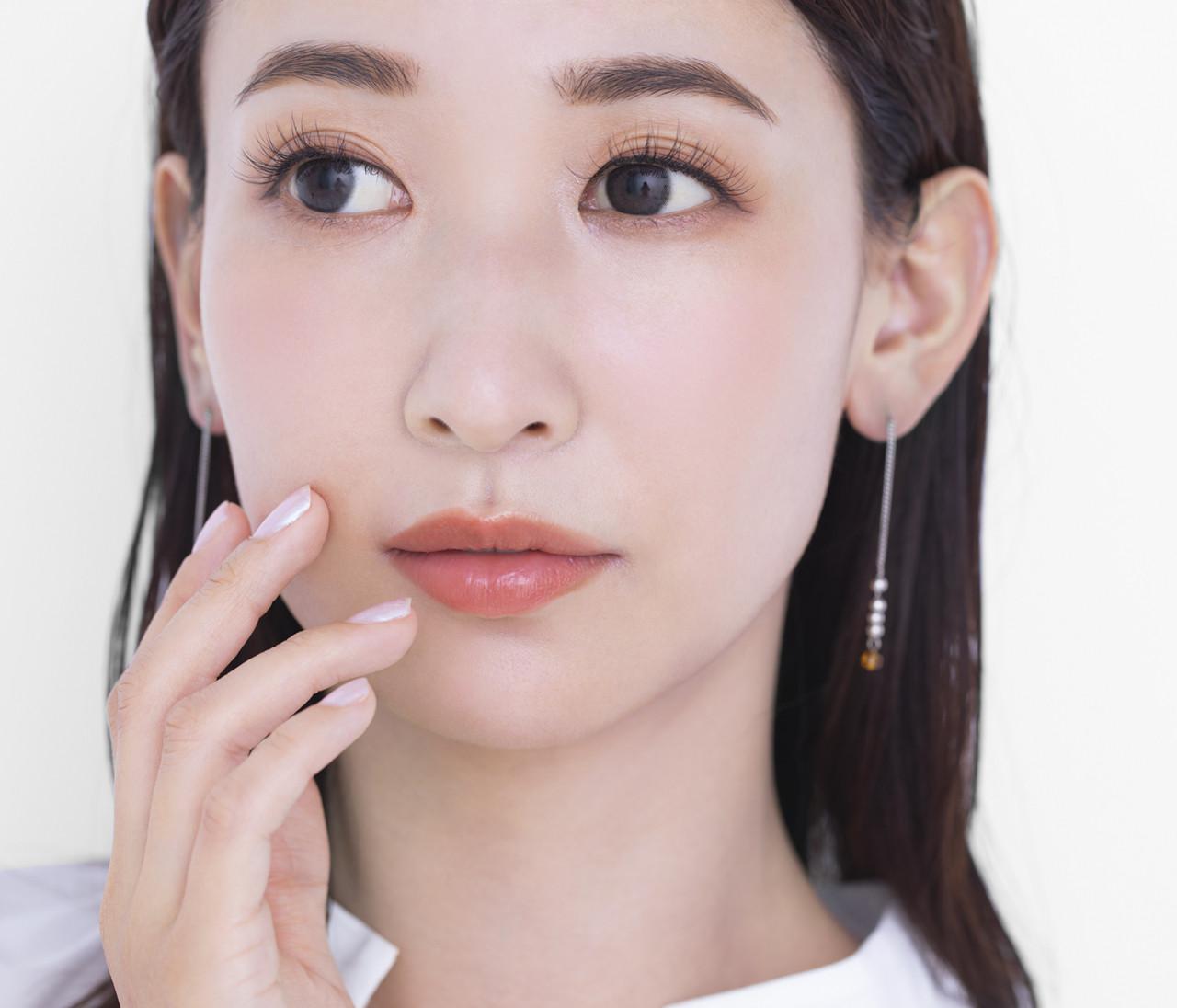 【ほうれい線を消したい!】原因や対策、さらにおすすめ美容液・クリーム・美顔器から顔エクササイズまで、ほうれい線のお悩みすべてに答えます!