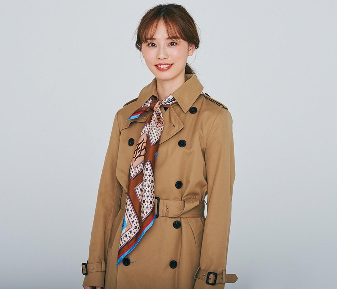 【スカーフアレンジ】「ネクタイ風巻き」でアウタースタイルが華やかに!