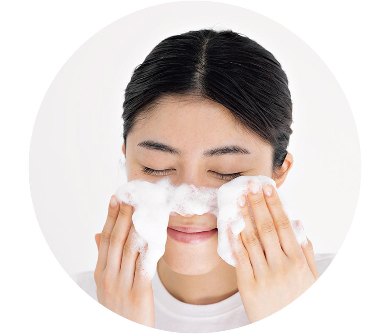 【毛穴ケア】鼻の「詰まり毛穴」の予防はコレ!角質ケア美容液のおすすめも♡