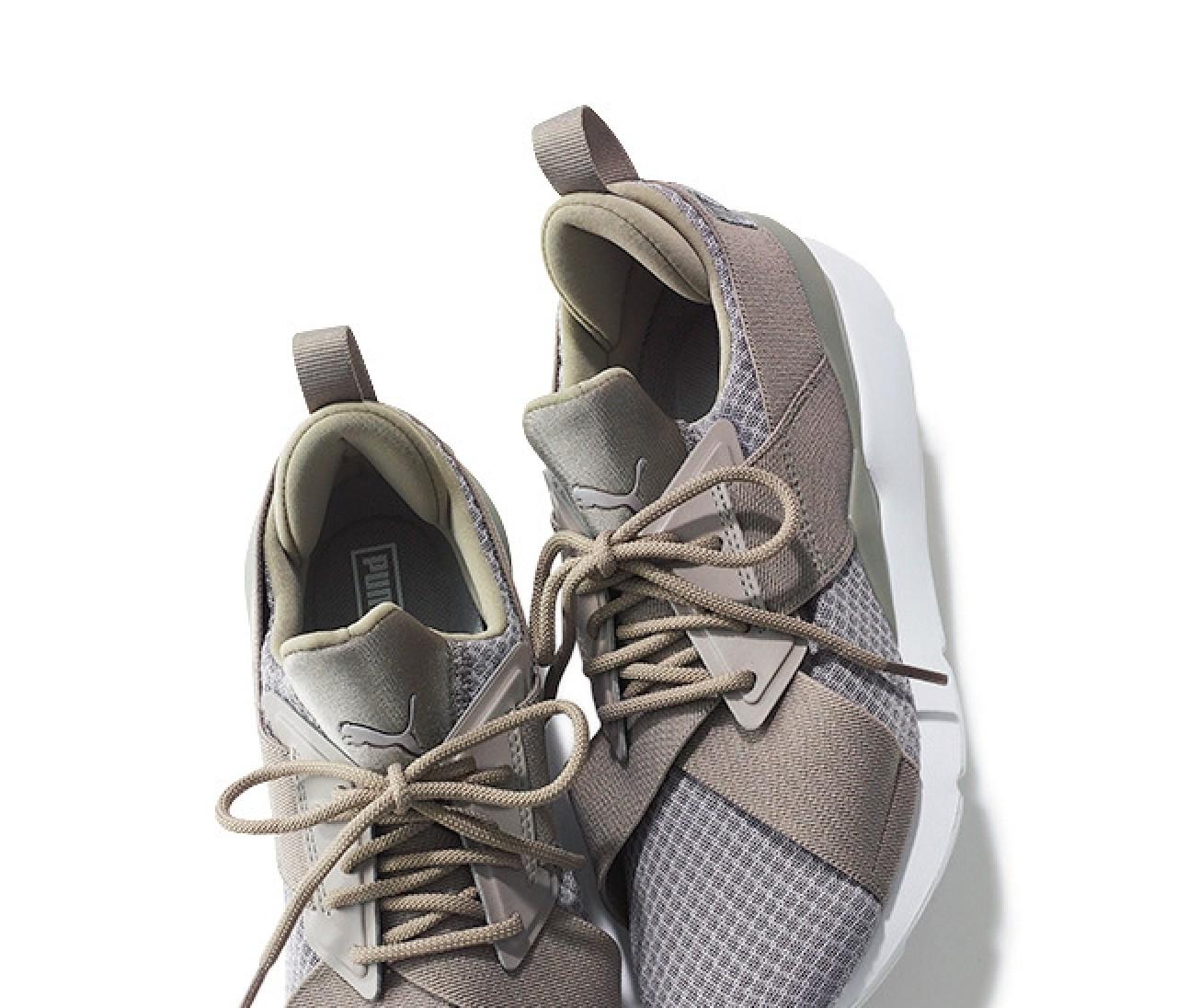 【ヒール靴ばっかり症候群】のあなたに必要な2足とは?