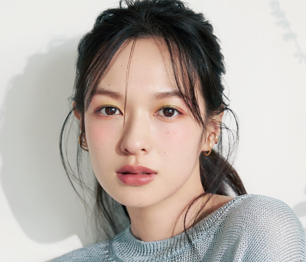 中野明海さんの【花咲くような多色な目もと】メイクで春気分!