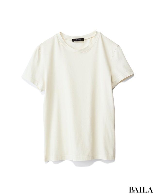 白コンパクトTシャツ