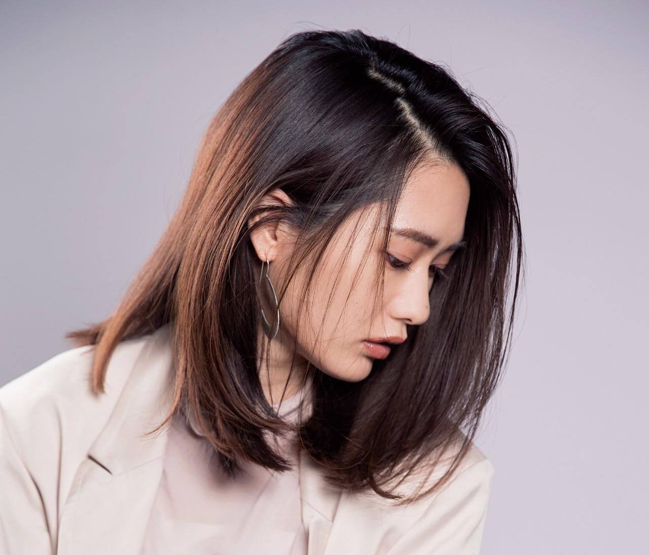 【ツヤ髪スタイリング 応用編】かき上げもラフ外巻きもOK!