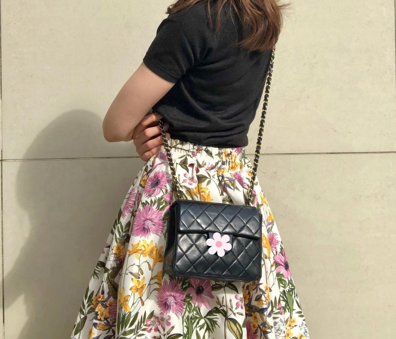 ネットでポチった【あがる⤴花柄スカート】をはいて久々の外出!