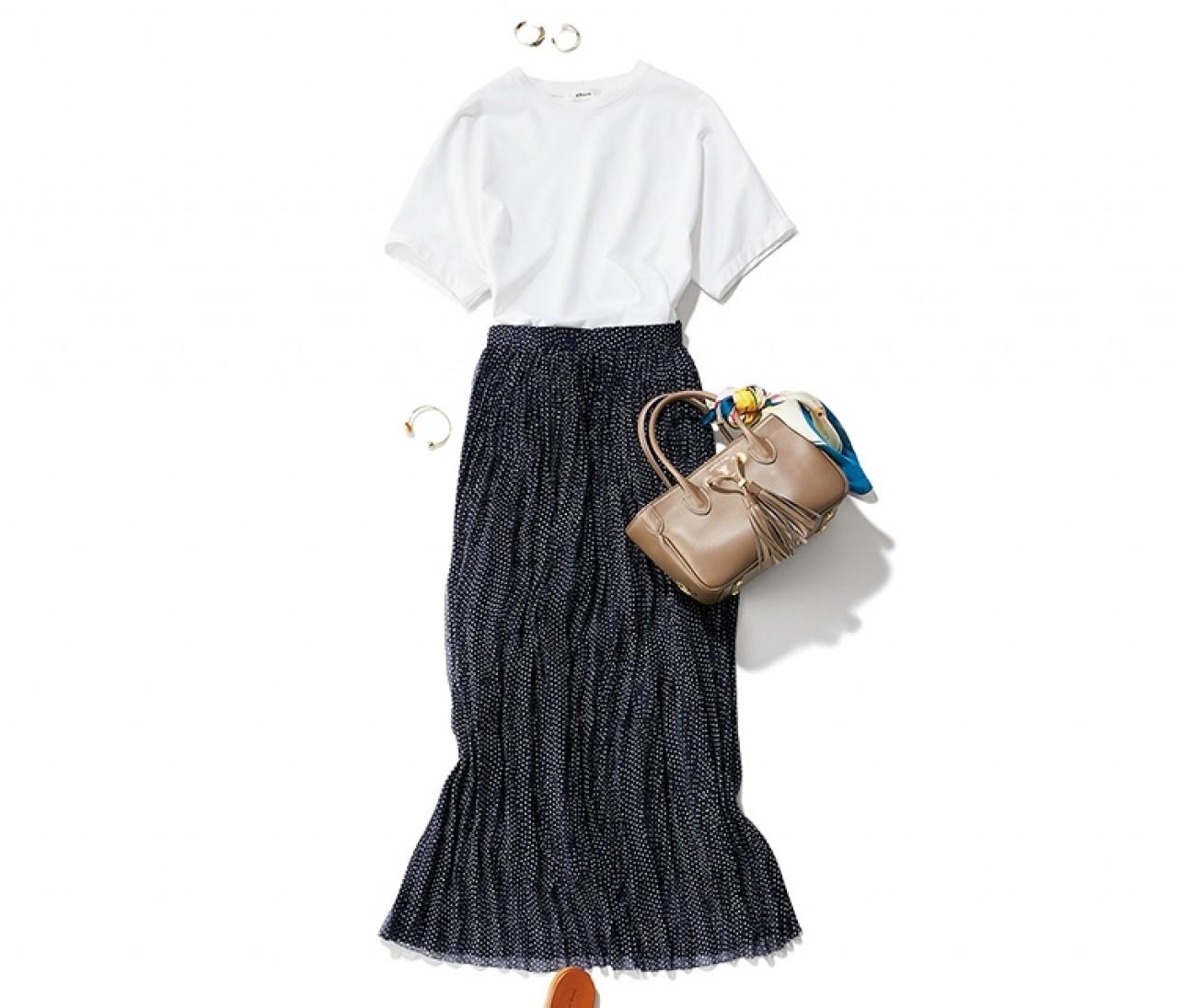 休日の英会話レッスンは、Tシャツ×透け感スカートのリラックスサマーコーデ【2019/8/3のコーデ】
