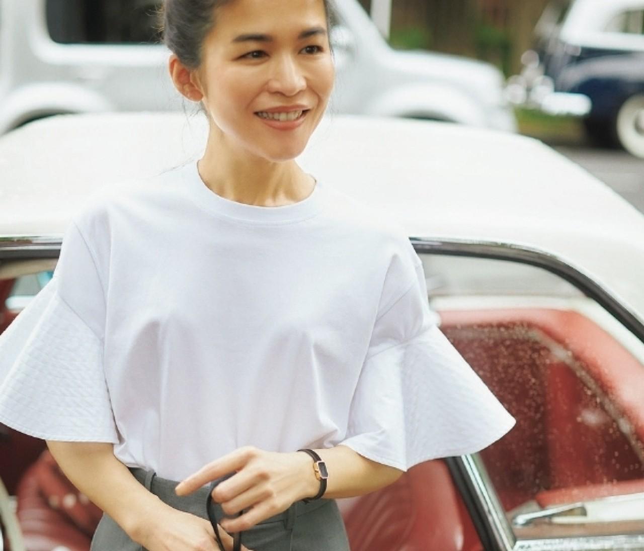 【辻直子さん夏のTシャツ】白のデザインTシャツはここまで使える!