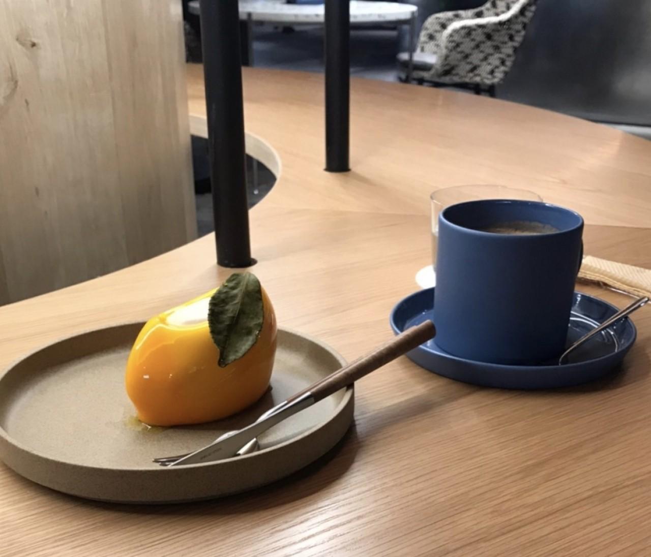 京都カフェ・アーティスティックなRAUのケーキ