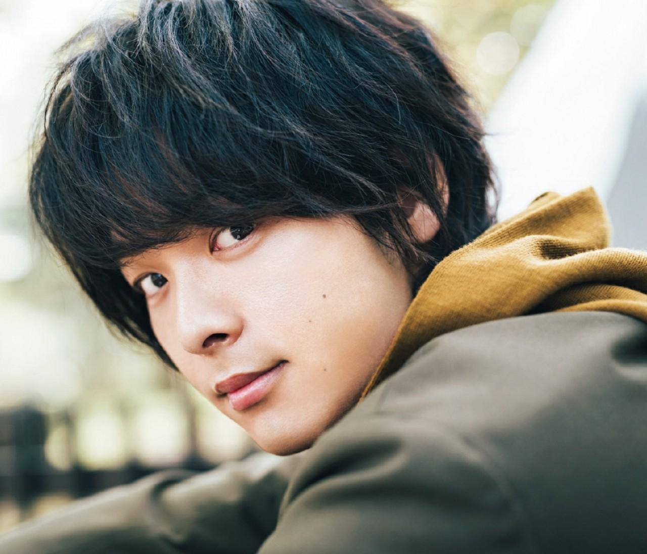【俳優・中村倫也インタビュー】本当の彼にふれたくて——