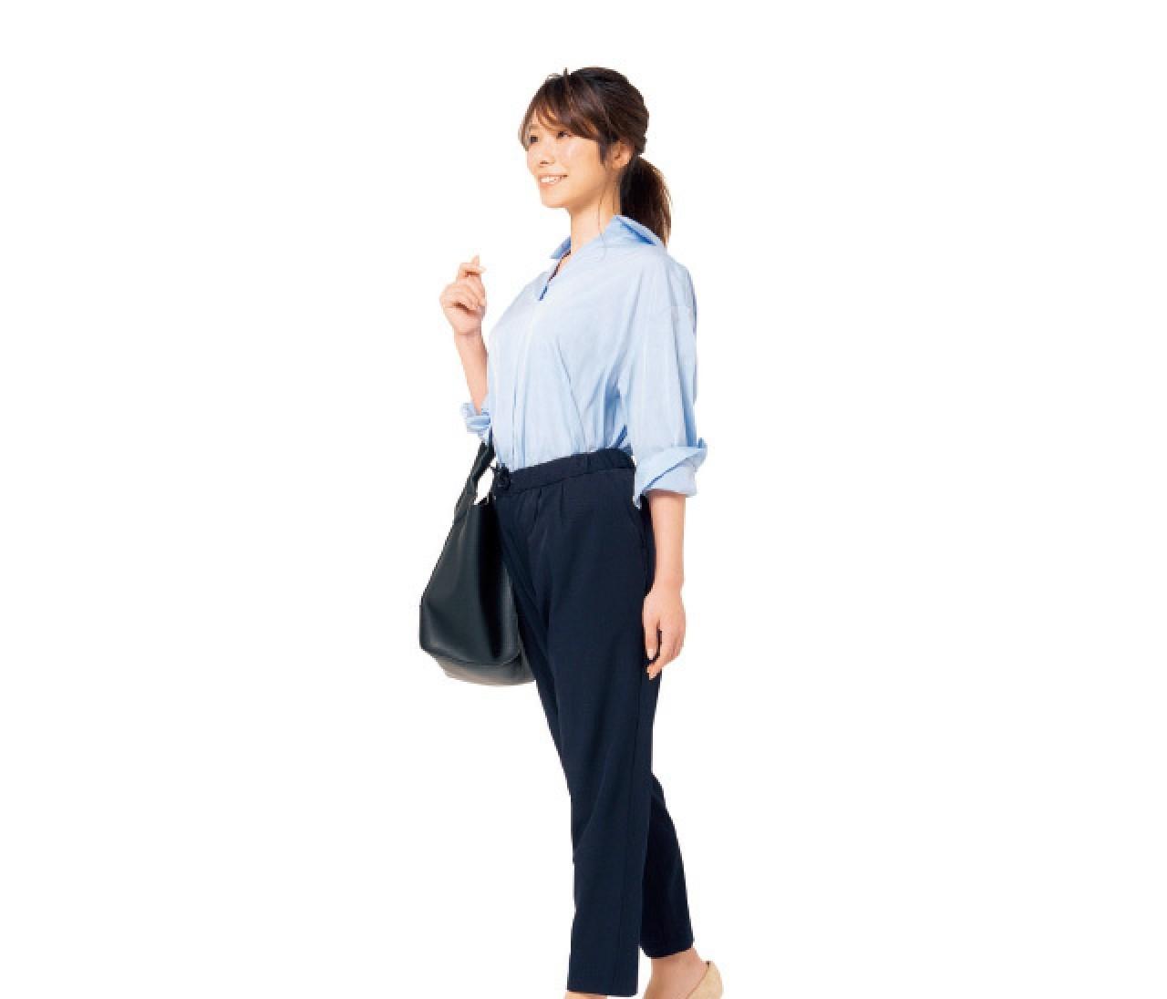 バッグの持ち方がヤセ見えを左右する!【姿勢で-2kgヤセ見え②】
