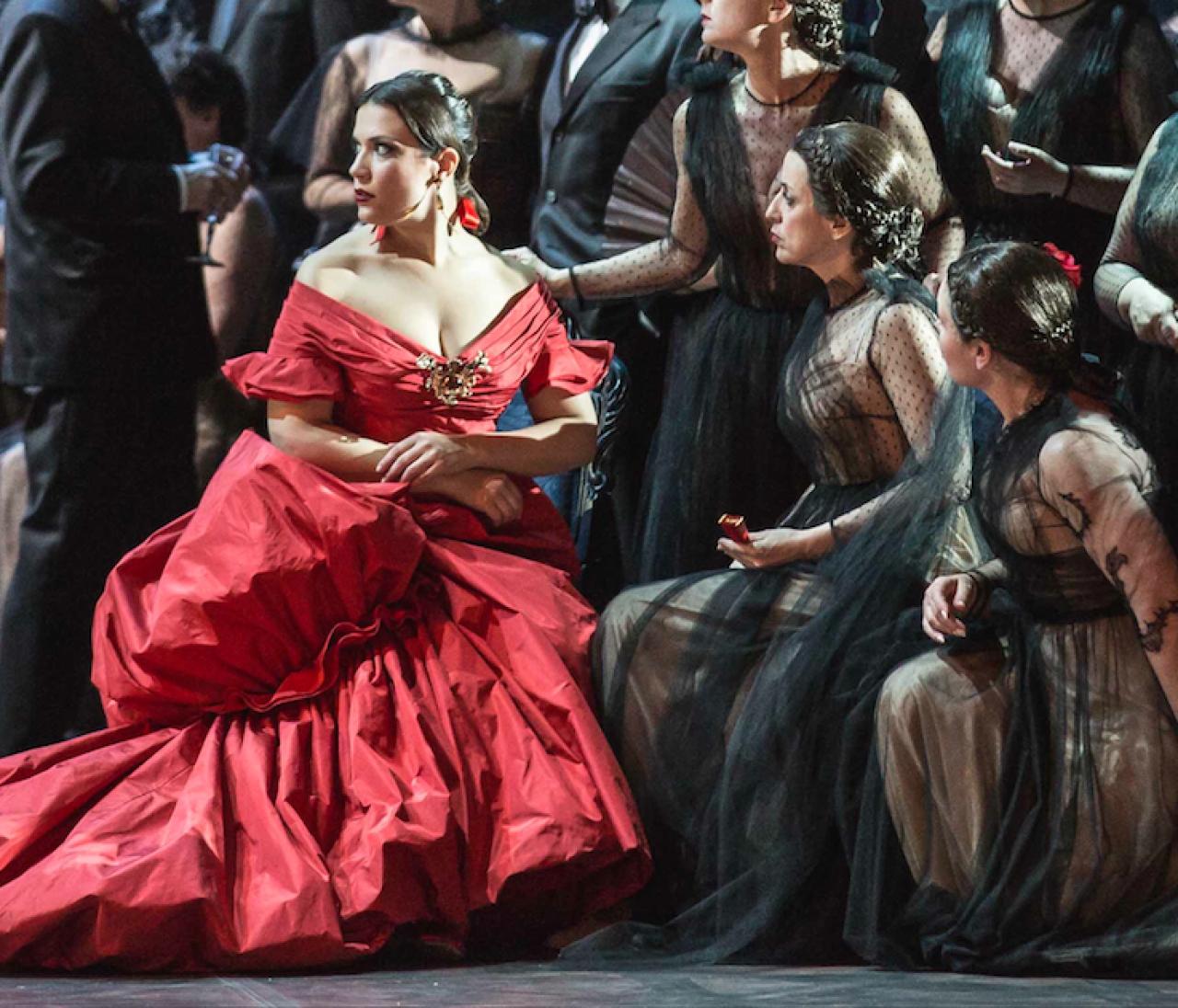 ソフィア・コッポラ×ヴァレンティノによるオペラが開幕♥︎