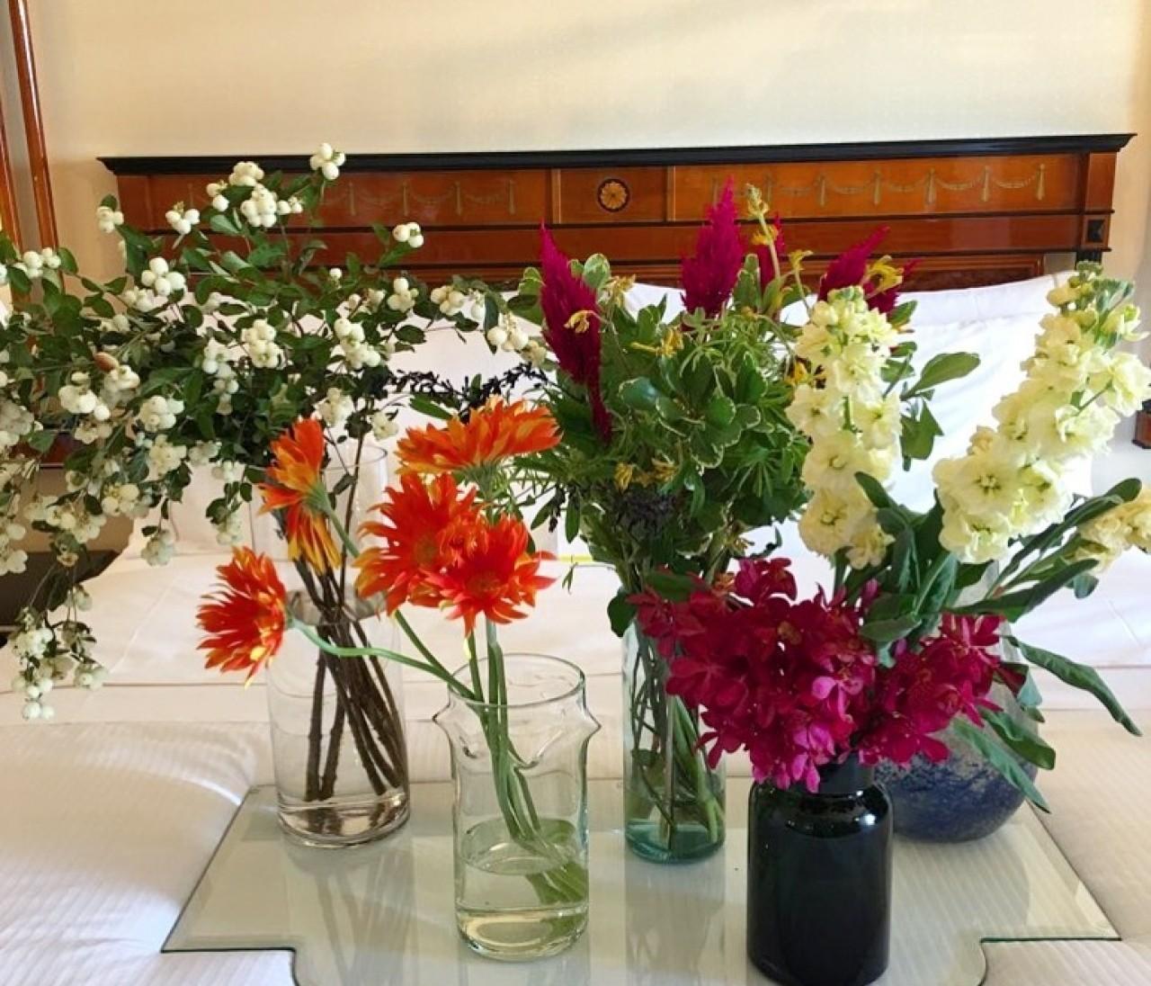 """簡単にセンスよく花を飾れる""""ひと瓶ひと花""""ルール"""