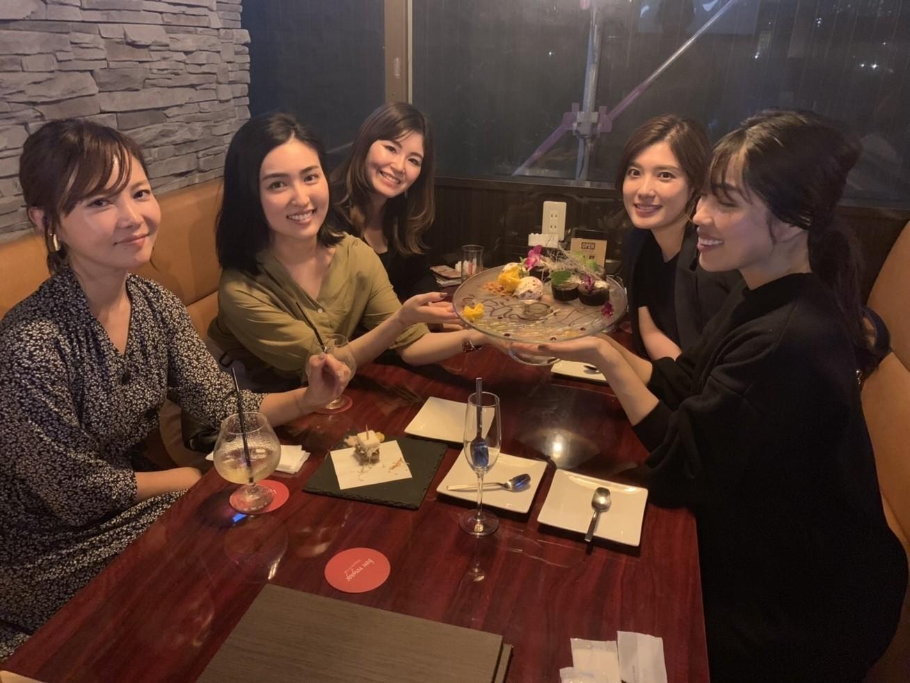 久々に集合♡バイラーズ同期でアフター7女子会!_3