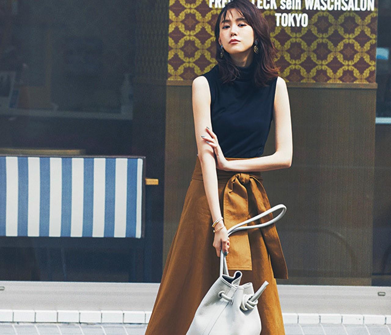 ムード出し上手な腰高スカートで、すらっと涼し気通勤コーデ!【2018/7/3のコーデ】