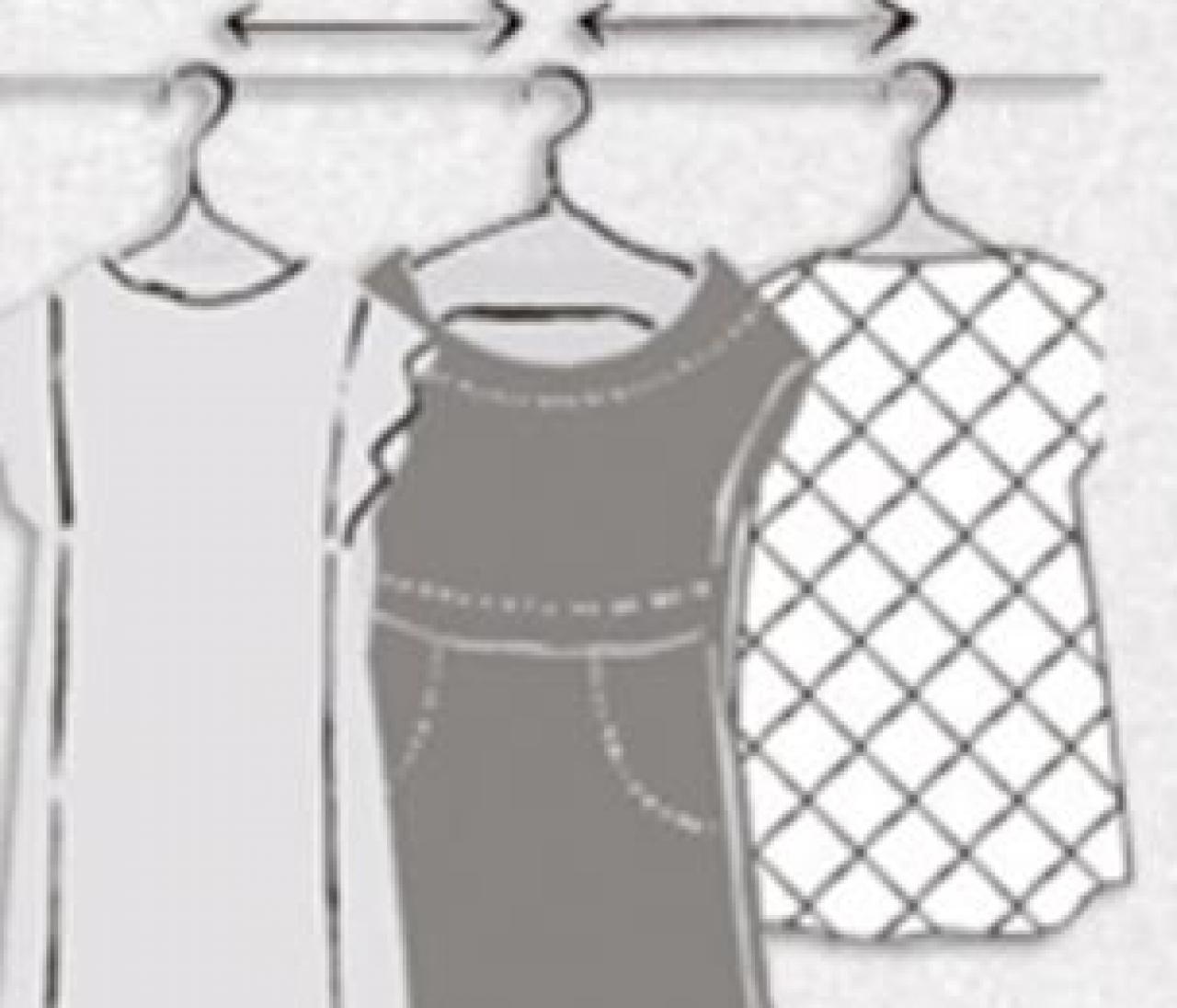 【服の収納上手への道その1】お気に入りの服にシワができないつるし方