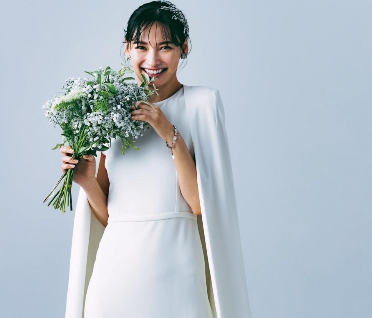 エレガントなドレスはビジュー小物で華やかに盛るのが正解!【withコロナ時代の写真映えドレス2】