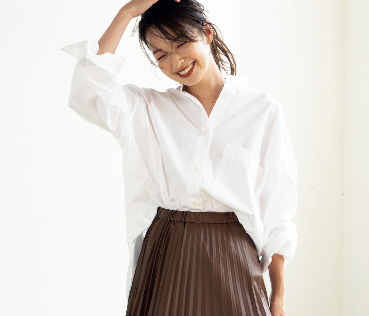 この秋エコレザーのプリーツスカートが大ヒットの予感!着こなしのコツをおしゃれプロが伝授!