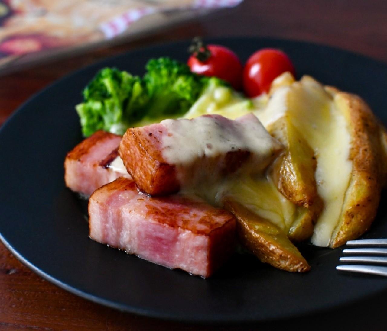 【カルディおすすめ】チーズ好き悶絶!アレンジ無限のおうちラクレットチーズがスゴい!【元フードバイヤーmanamiのコスパなグルメ&スイーツ】