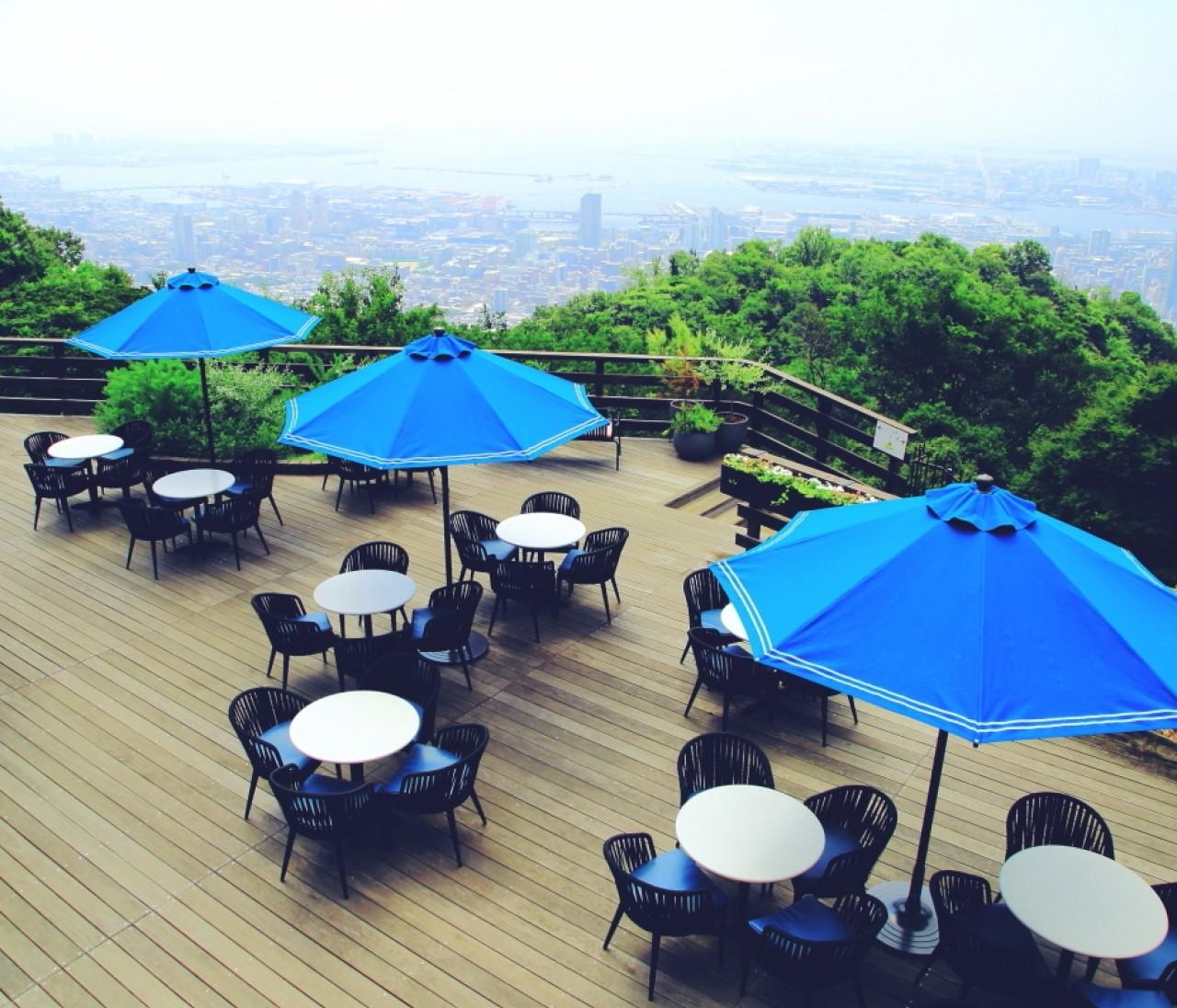 クラシカルなカフェから神戸の町並みを。景色を楽しむお店へ①【関西のイケスポ】