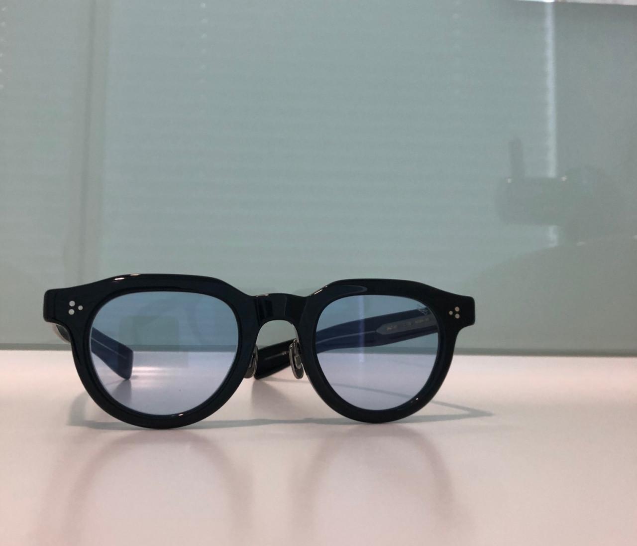 アイヴァン7285のサングラス【30代に幸せをくれるものvol.30】