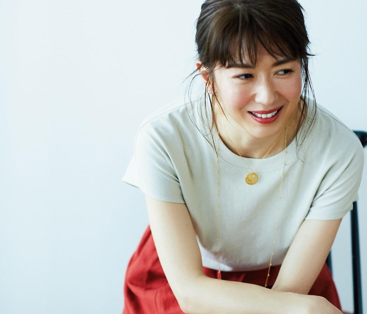 【伊藤真知さんが選ぶ夏ユニクロ】¥1000Tシャツは「アースカラー」を選ぶ