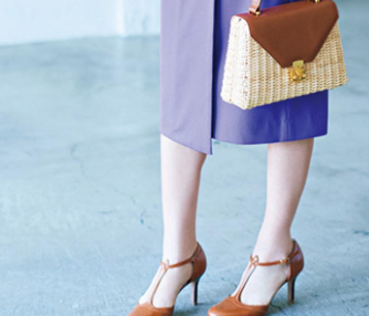 きれい色コーデに即なじむ【茶色のバッグ】のおしゃれ力がスゴい!