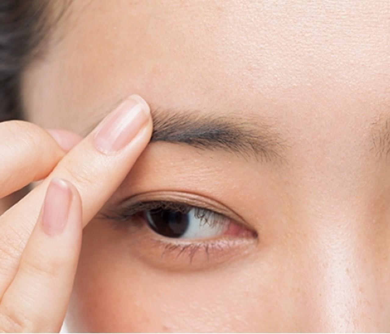 「薄眉」さんもしっかり眉をキープする5つのテク【眉メイクのお悩み解消Q&A】