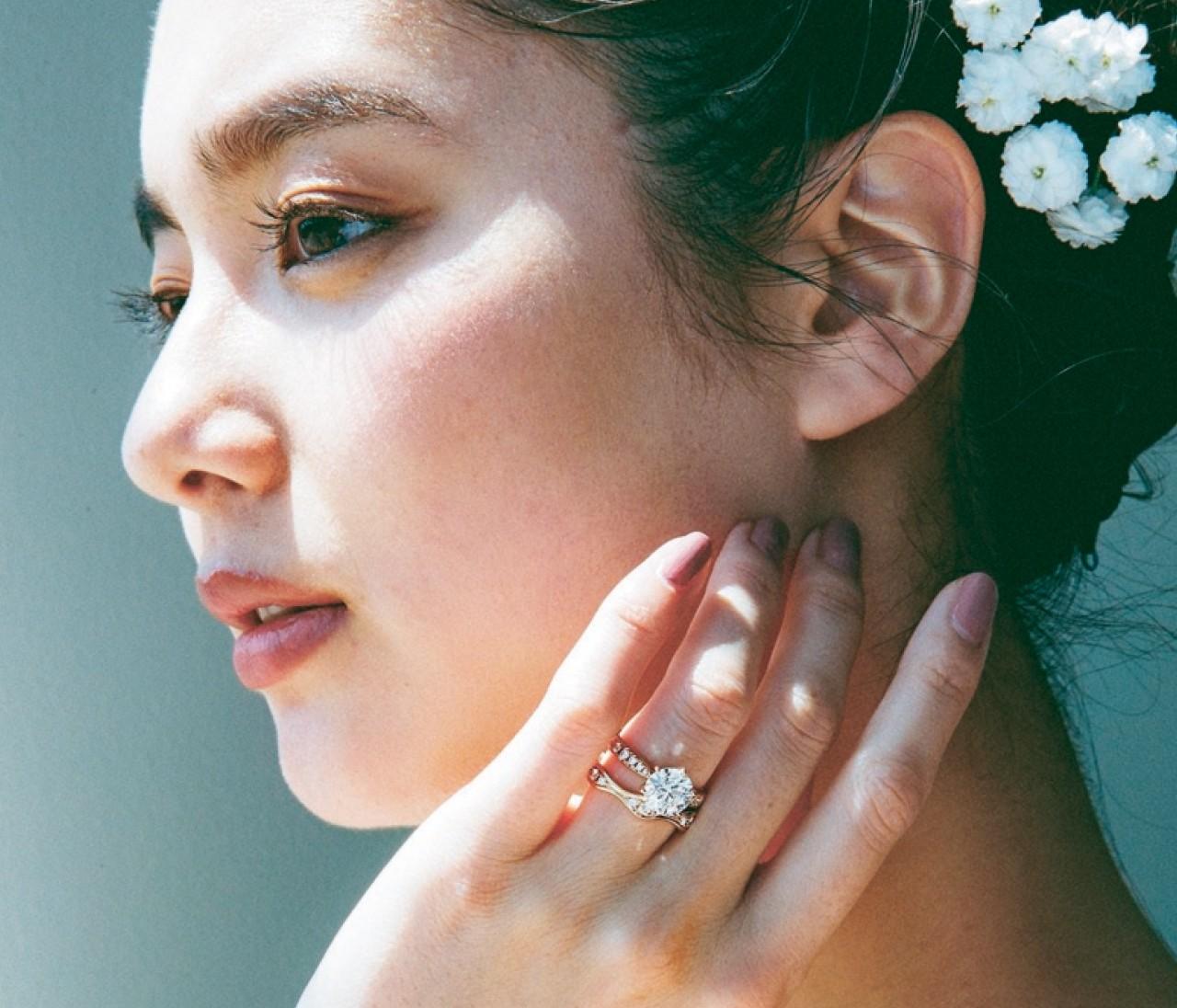【タサキの結婚指輪】モードな花嫁に贈る個性派リング