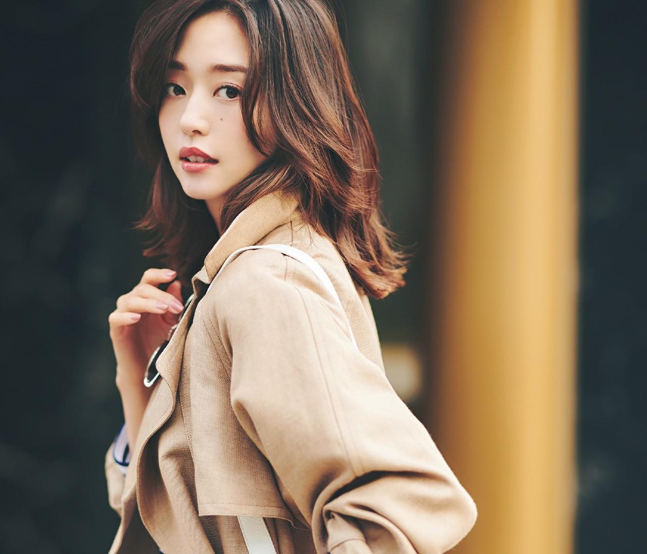 【トレンチ着付け方レッスン】小川ゆう子さん直伝!カラダ合わせの立体感をつくって美人見え