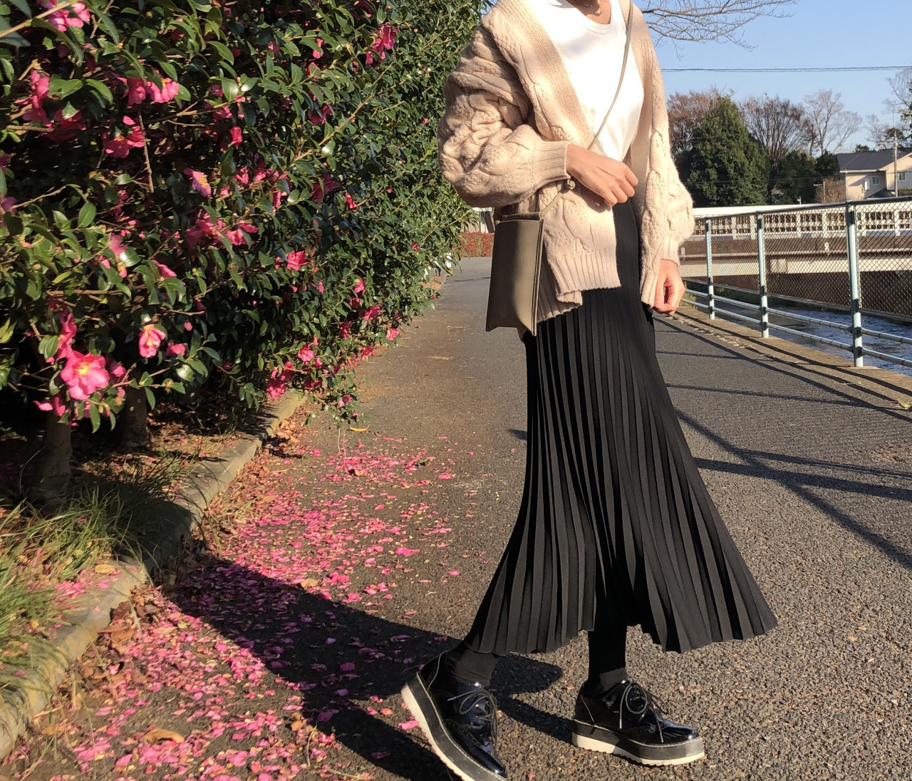 細見えスタイルアップのプリーツスカート