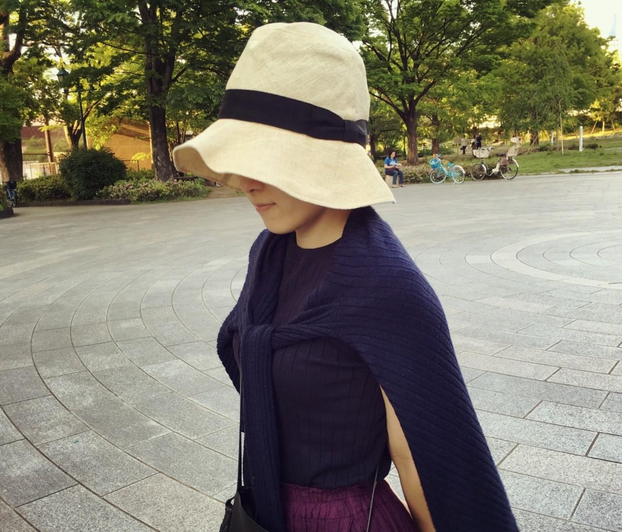 「つば広・たためる・ラフィア」が日よけ帽子の私的3か条!