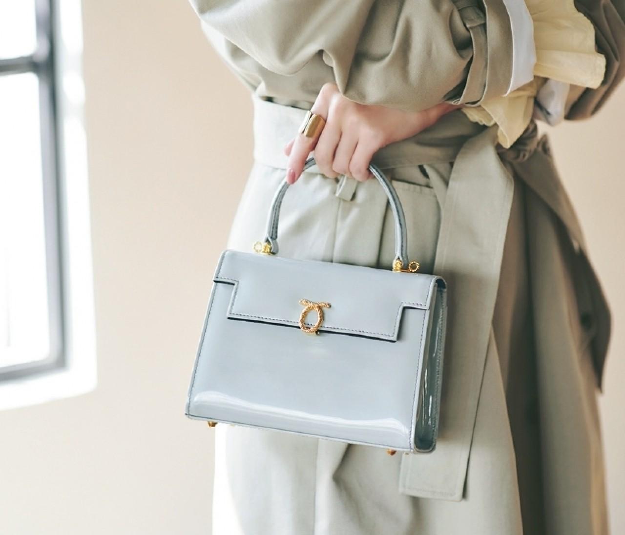 【トレンチ着こなしアイデア集】足元にバッグに…小物使いで印象チェンジ♪