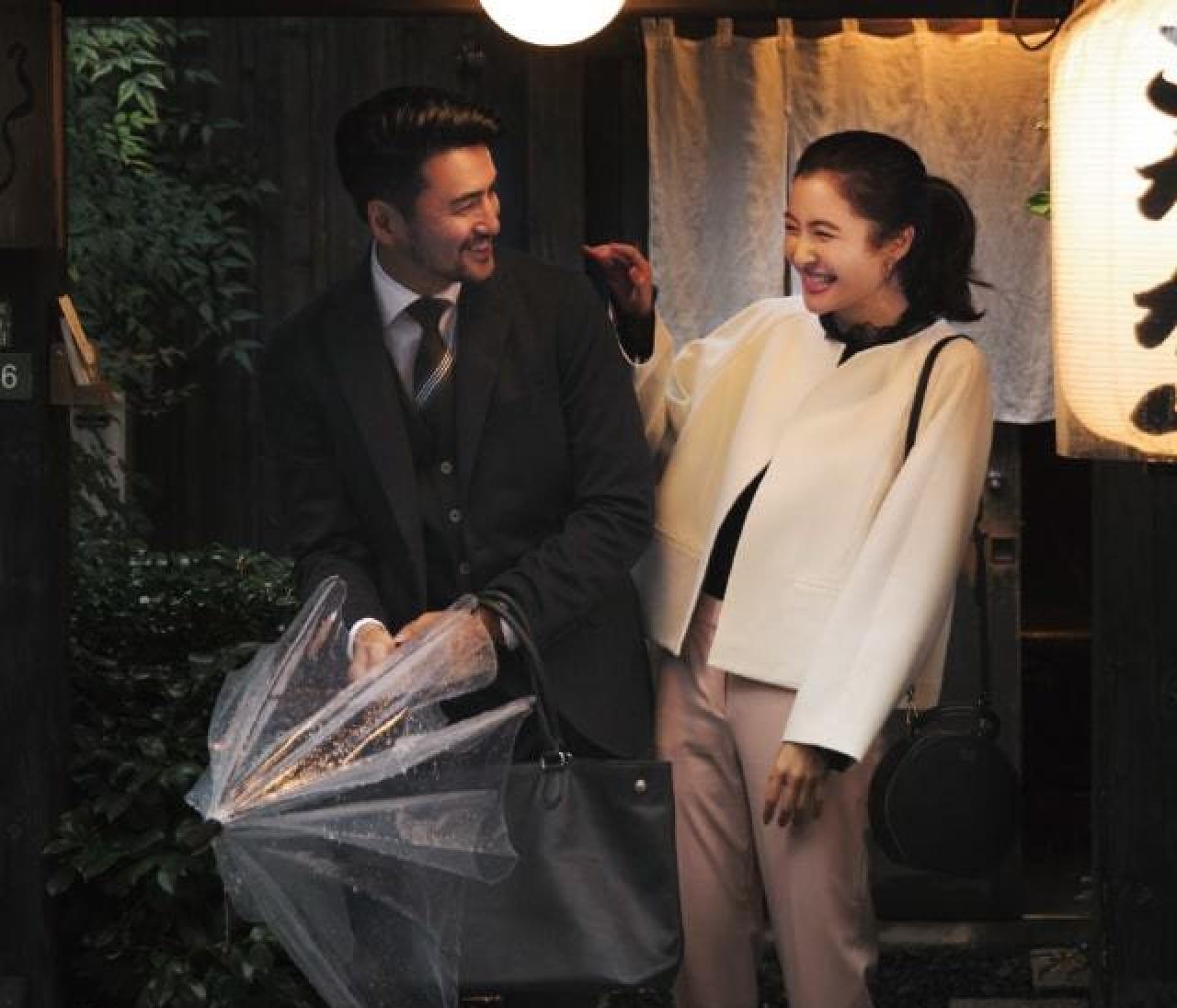 仕事帰りにデートに行く日は、白&ピンクの大人の可愛げスタイル【2018/11/30のコーデ】