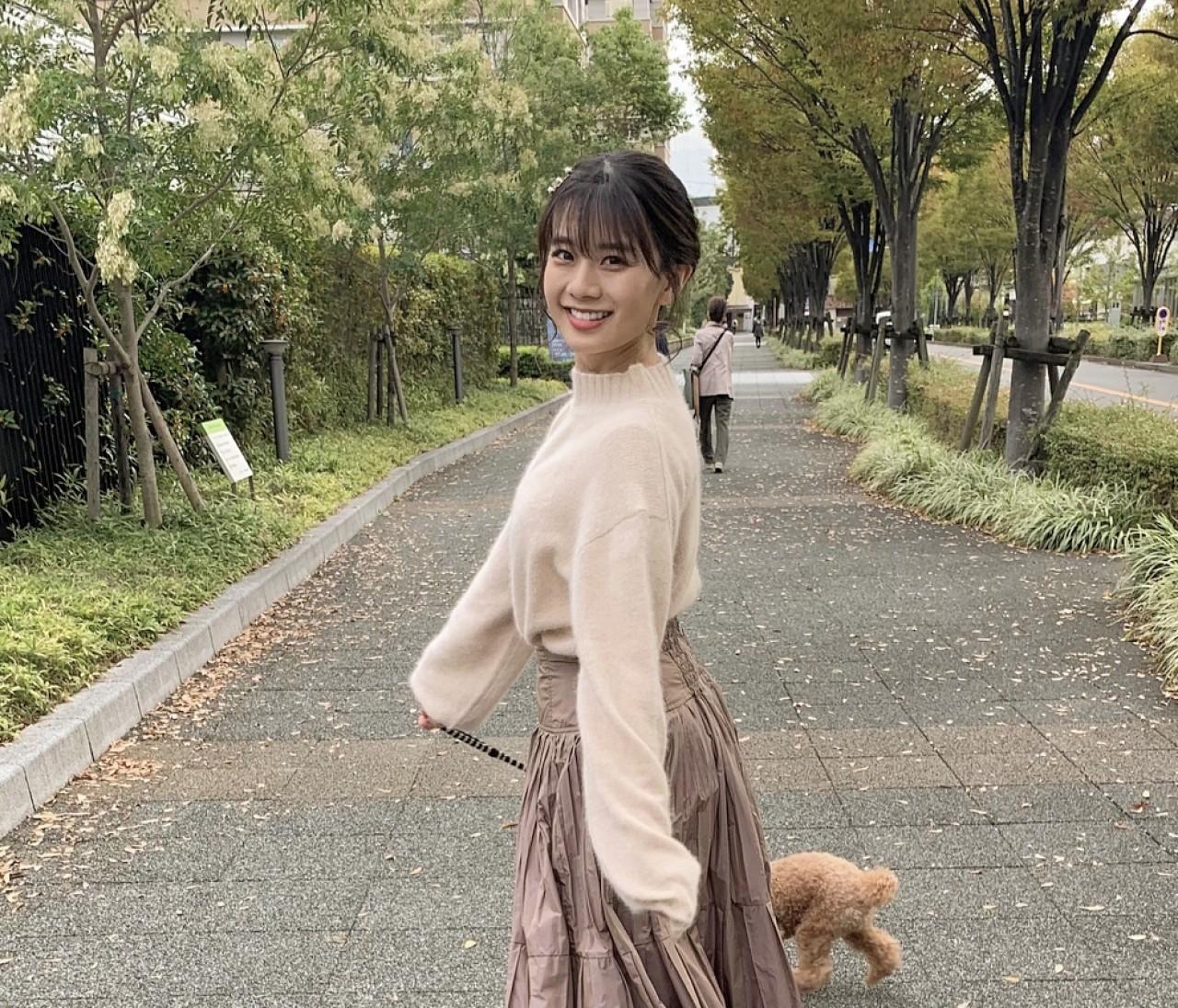 【秋のベージュ×ベージュコーデ】