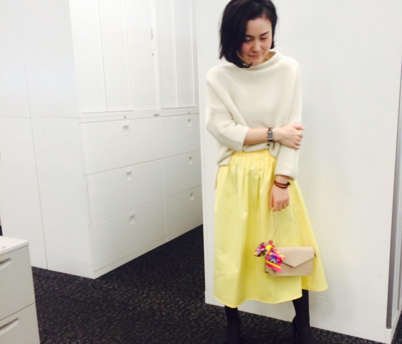 【#OOTD】あのモデルさんにも褒められた、ザラのきれい色スカート
