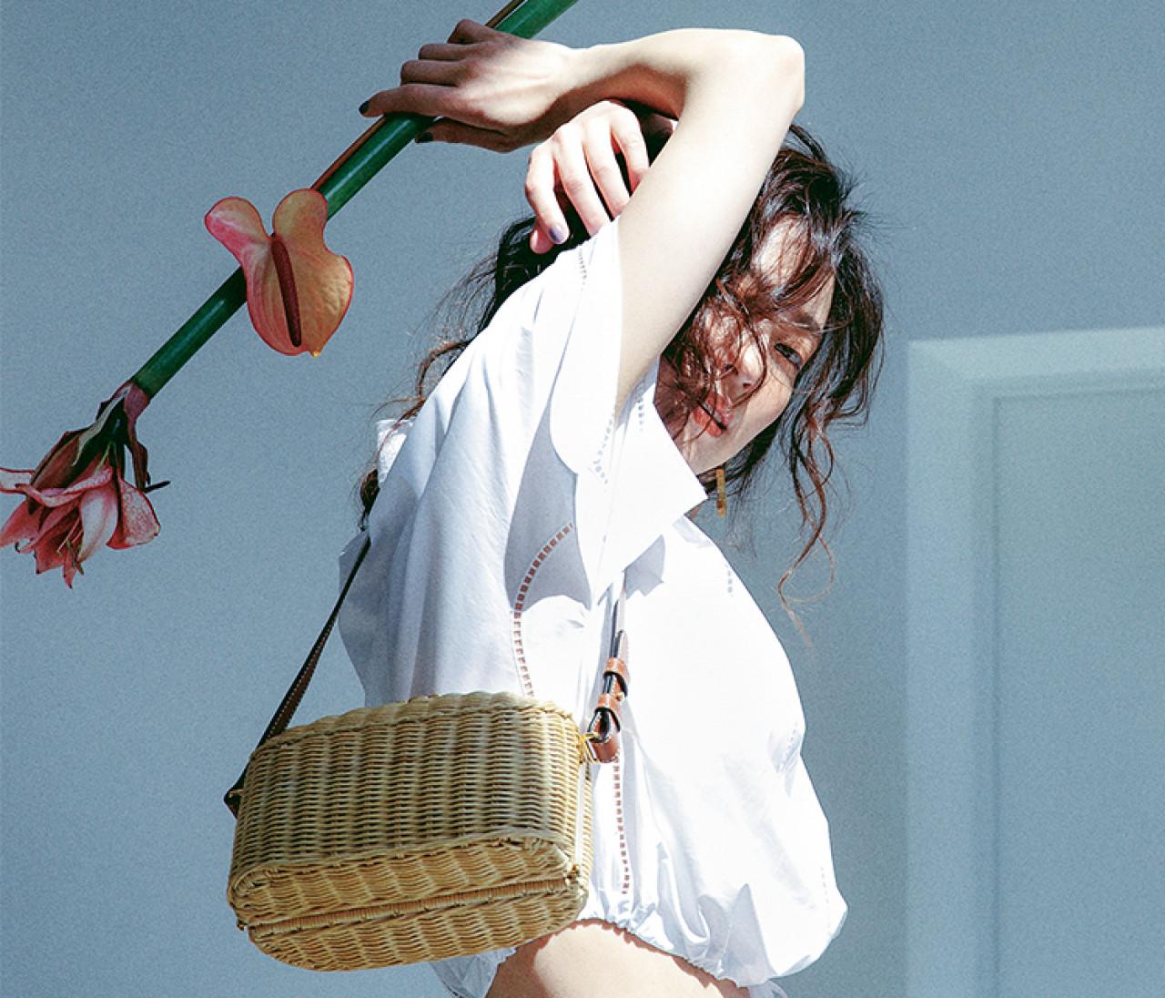 【セリーヌのかごバッグ】新作はその名も「ランチボックス」。キャッチーなデザインに一目ぼれ