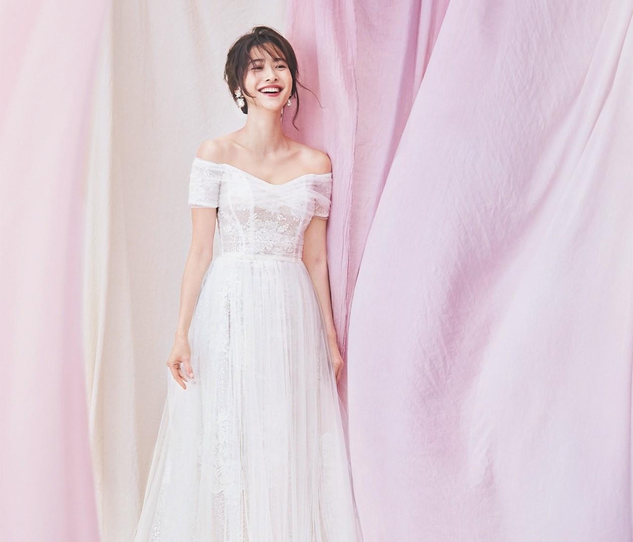 【人生最高のドレス選びはノバレーゼで】女らしさが高まる運命のウエディングドレス