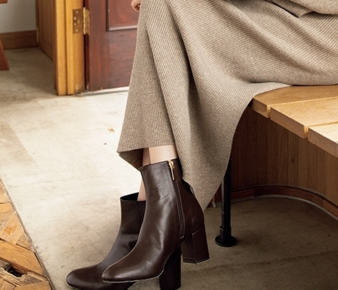 【ブラウン系ブーツ】今秋のブラウンコーデになじむショートブーツ10選