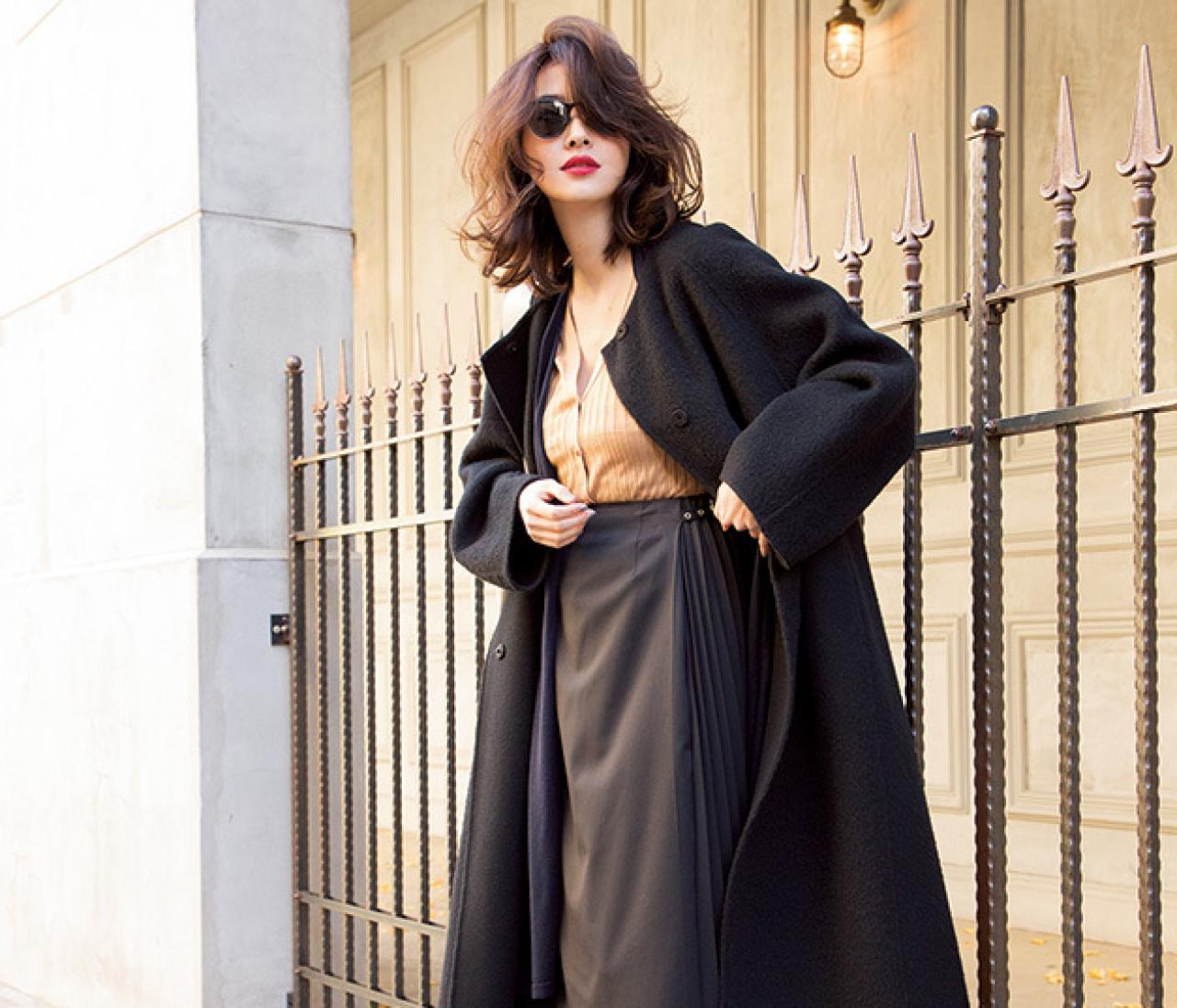 アフター6に予定があるなら、大人なブラックスカートコーデで女っぽく