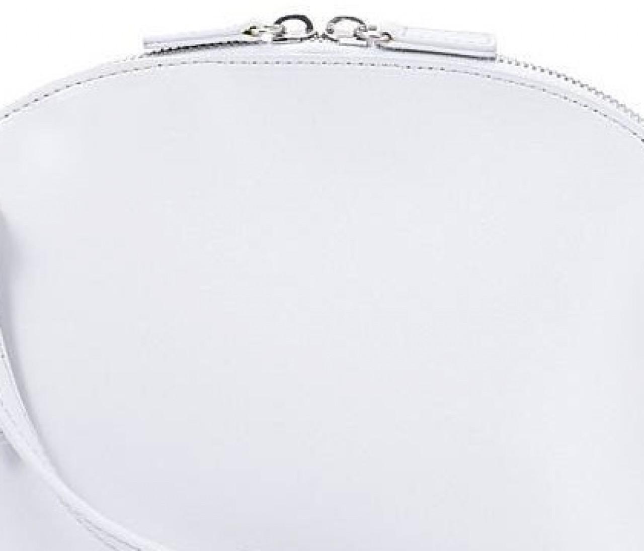 視線を集めるヤーキのバッグ【深夜のポチりはきれいへの近道】