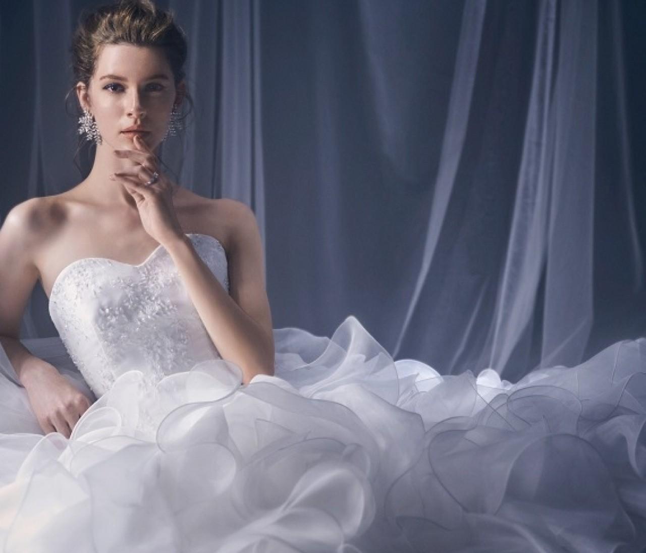 家にいながら素敵なウエディングドレスを選べる!『ノバレーゼ』がオンラインサービスが凄すぎる♡