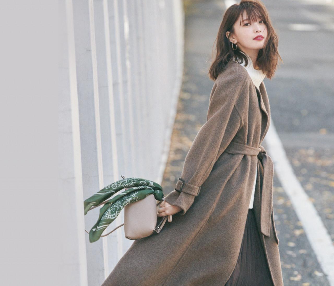 火曜日は、エレガントなガウンコート×プリーツスカートスタイル【30代今日のコーデ】