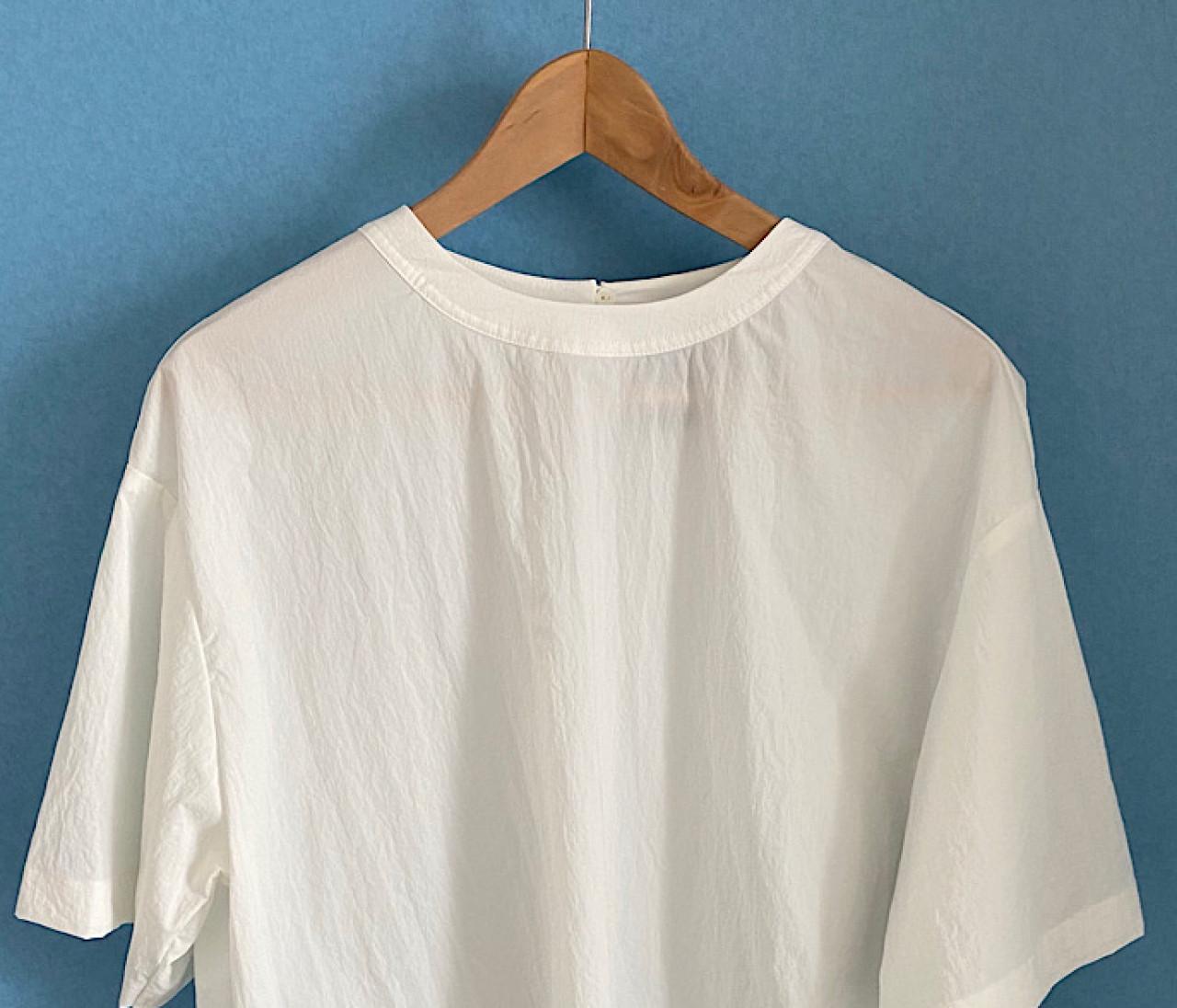 Tシャツでは暑すぎる日本の夏にパーフェクトな解答!ノーク バイ ザ ラインの涼しいナイロンストレッチ【30代に幸せをくれるものvol.37】