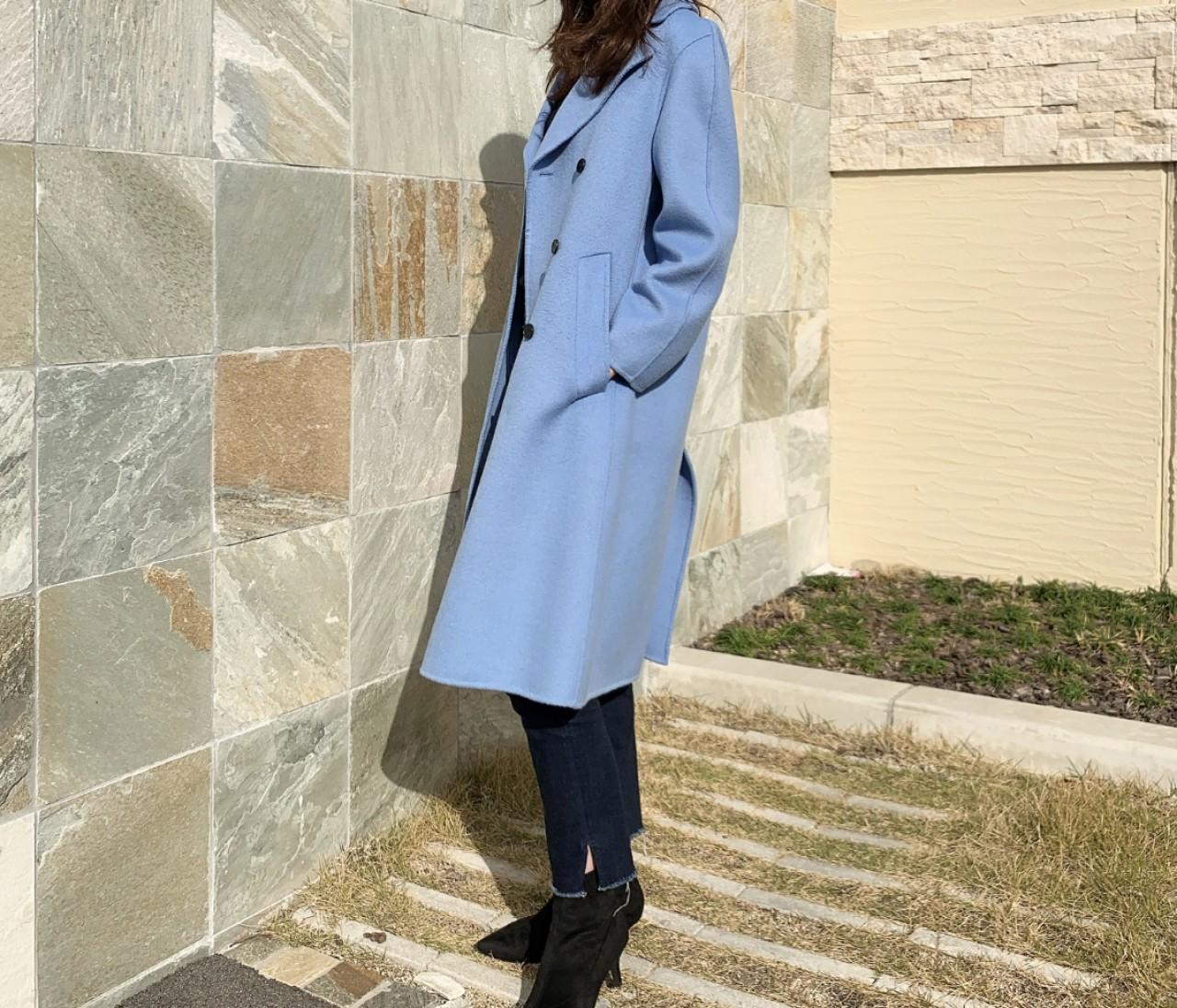 ZARAのきれい色コート