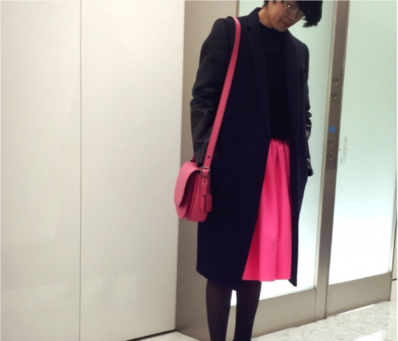 【#OOTD】副編Y、会食がある日のとっておきのスカート。