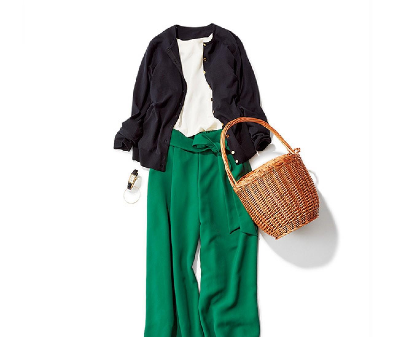 休日パンツスタイルは、新鮮グリーンとホワイトで爽やかに!