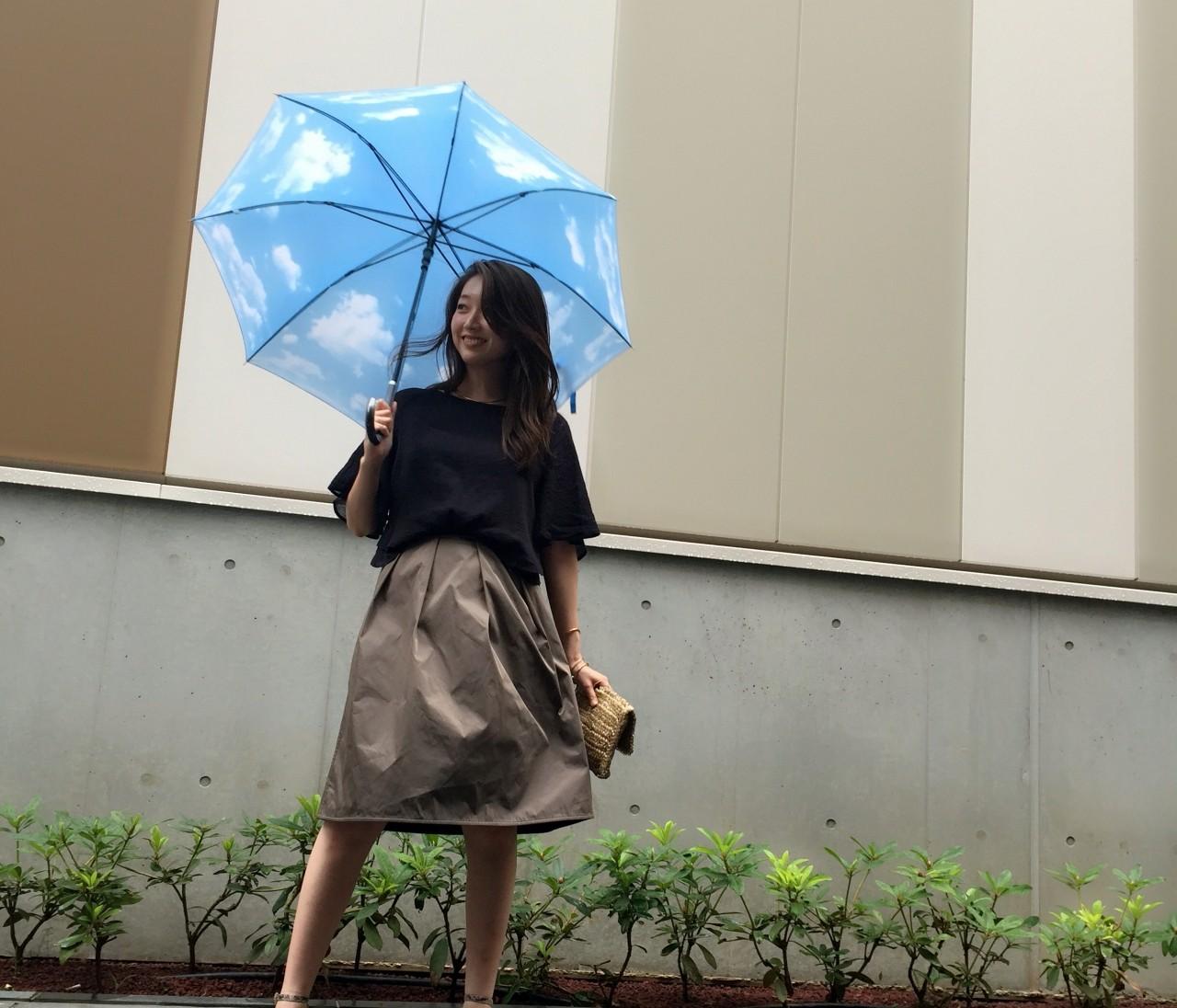 雨の日も無敵♡LOUNIEのスカート。