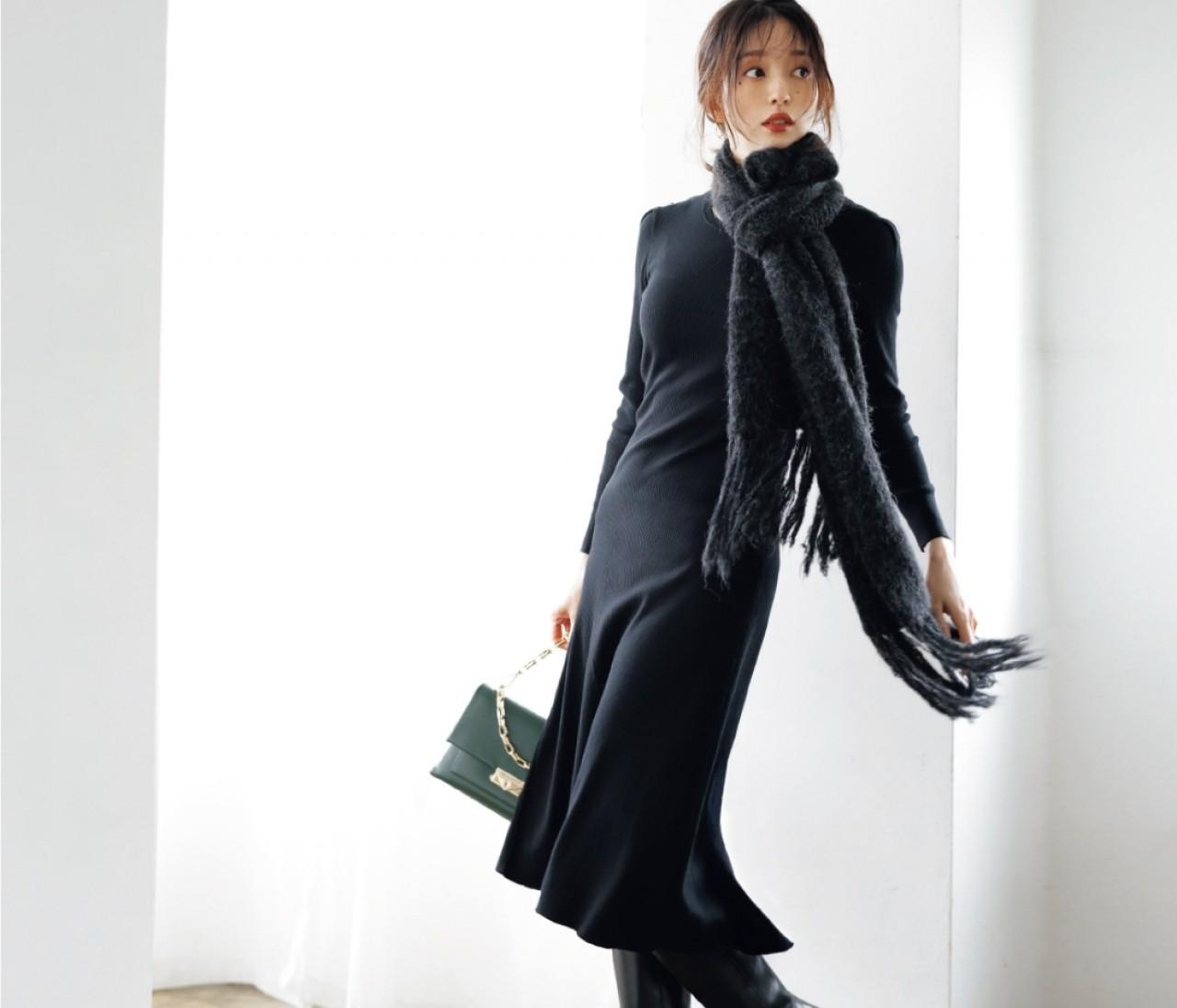 月曜日は、フィット&フレアのワンピとロングブーツの旬スタイル【30代今日のコーデ】